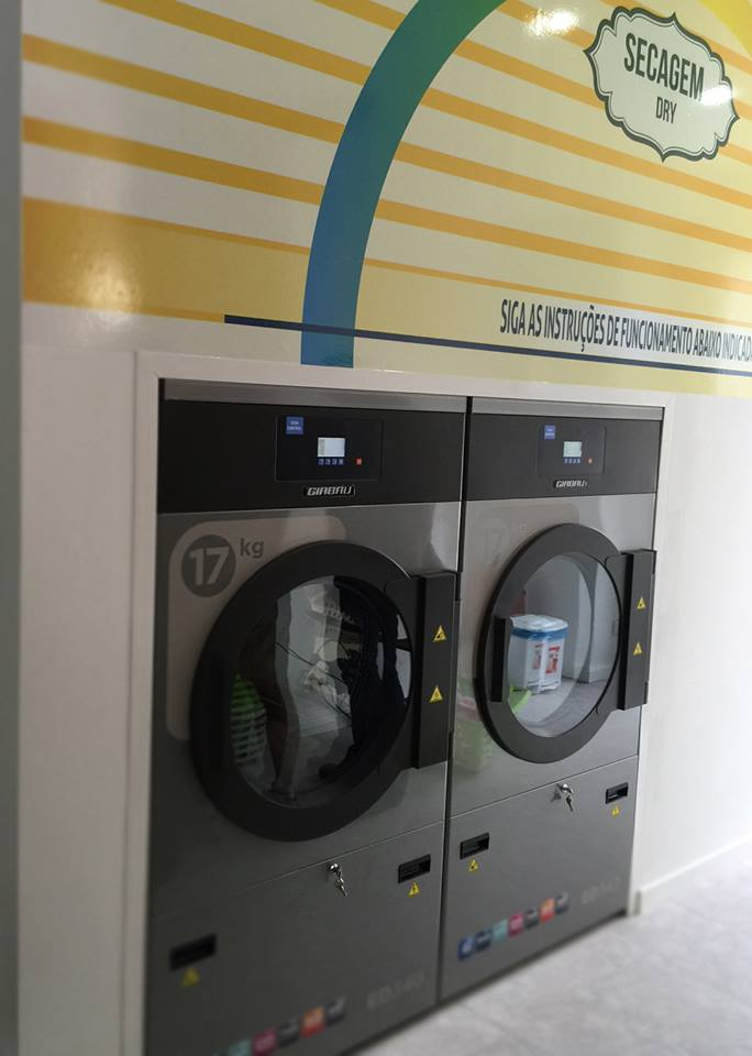 Soap & Dry Secagem em ALgés Lavandaria Self-Service